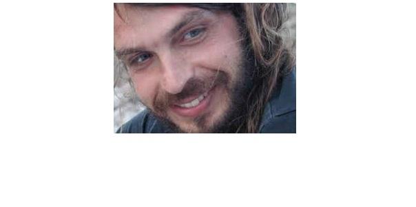 «ΑΝΑΜΙΣΗΣ ΝΤΕΝΕΚΕΣ» Γιάννης Μακριδάκης